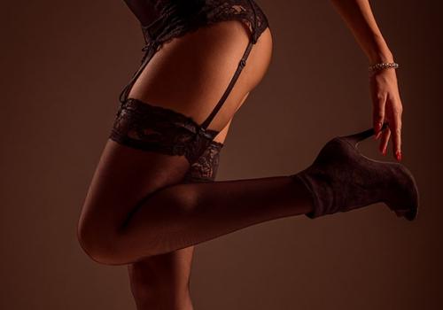 erotic massage using womens body